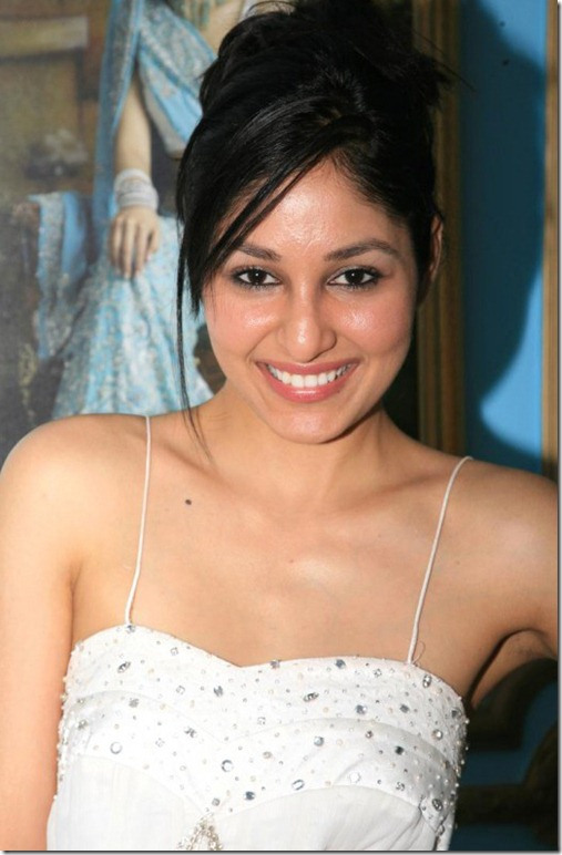 pooja-chopra-cute-pic