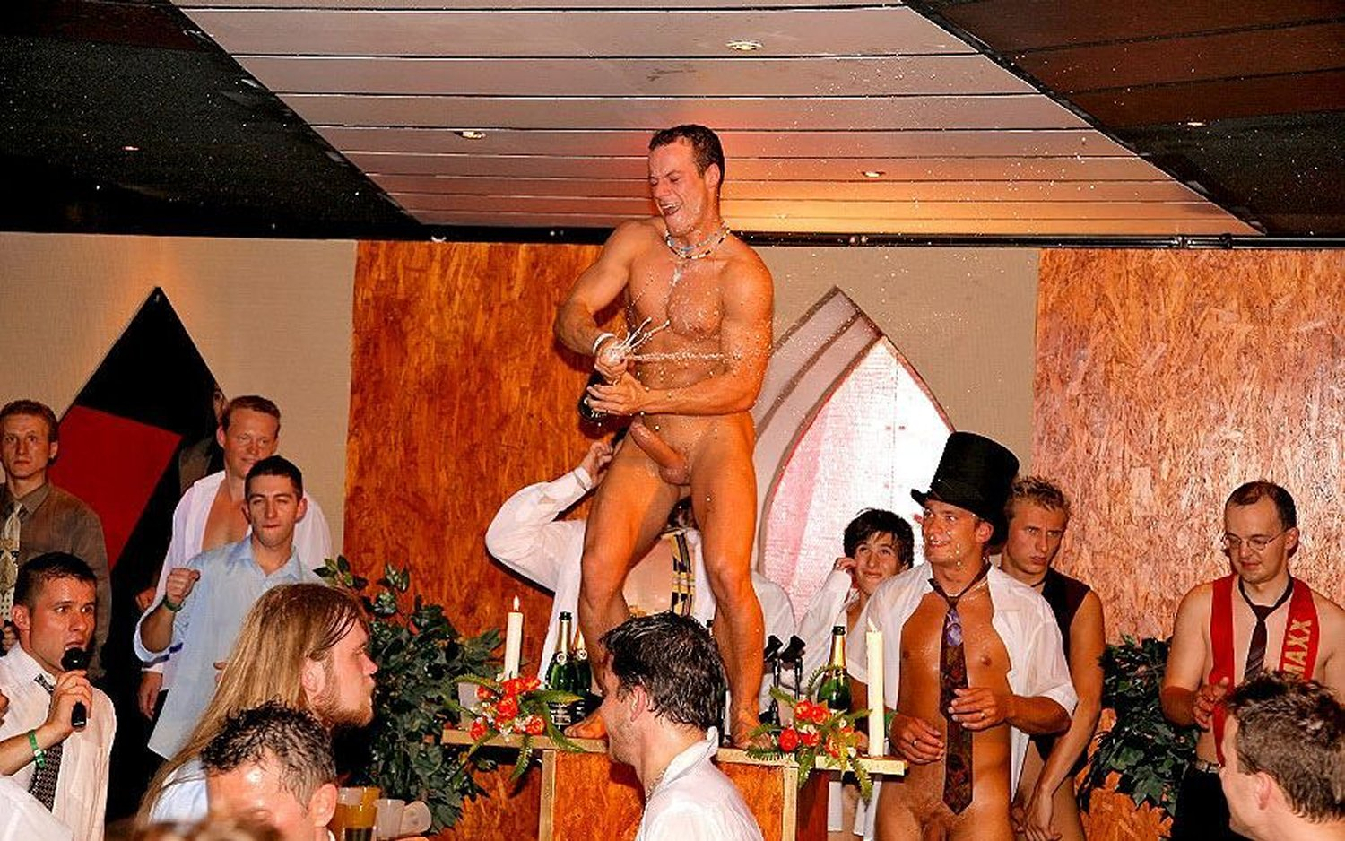 Normal naked male-5839