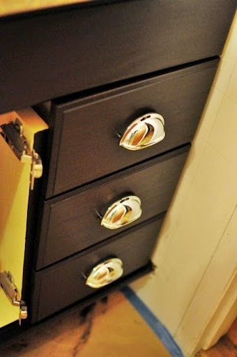 Superieur The Best Tutorial On How To Transform Honey Oak Cabinets To Dark Espresso  Cabinets. Easy