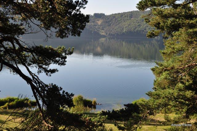 Lac d'Issarlès photo #479