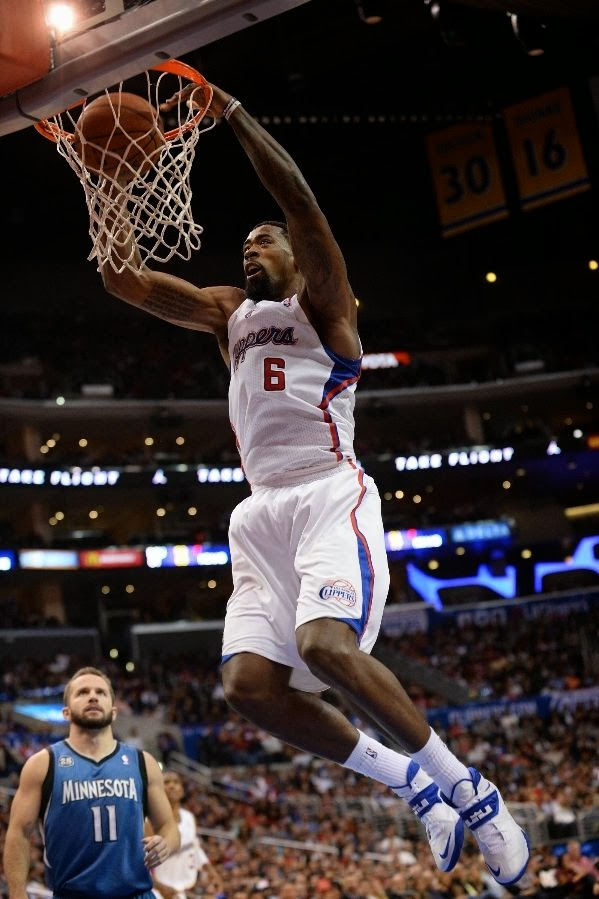 2f4713a4311531 ... Wearing Brons DeAndre Jordan Back to Nike with SOLDIER 7 (x5) NIKE  LEBRON ...