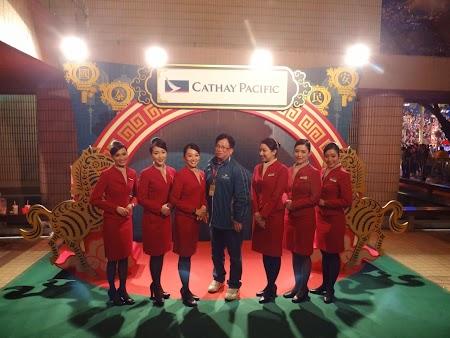 Parada Anul Nou Chinezesc: Stewardeze Cathay Pacific