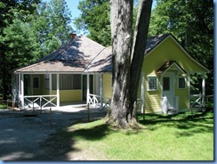 6748 Quebec - Gatineau Park - Mackenzie King Estate - Kingswood - The Guest Cabin