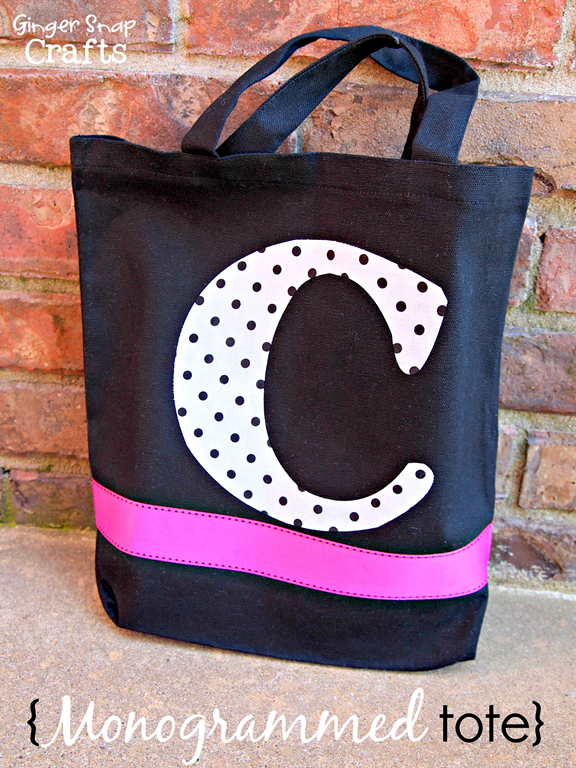 Monogrammed Tote using Silhouette Fabric Interfacing @gingersnapcrafts #tutorial #Silhouette