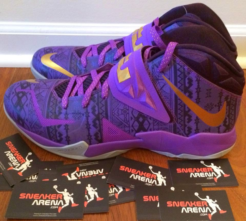 brand new 05371 6f38a ... Closer Look at Zoom Soldier VII Black History Month PE
