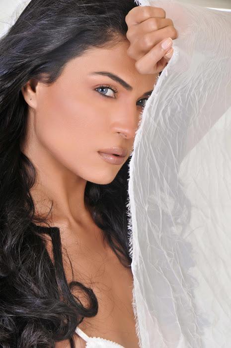 Hbts Veena Malik Latest Stills-6384