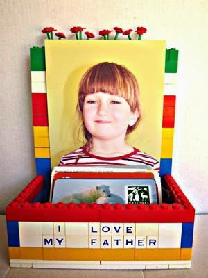 Lego Card Holder and Picture Frame for Father's Day