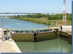 7930  St. Catharines - Welland Canals Centre at Lock 3 - Viewing Platform - WILF SEYMOUR tug and her barge ALOUETTE SPIRIT downbound