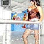 Andrea Rincon - Selena Spice - Striptease Segunda Prenda Foto 7