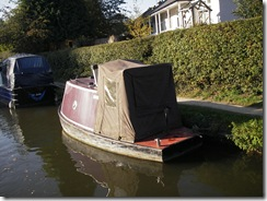 Brenda reckons this boat is just a bow and stern welded together.