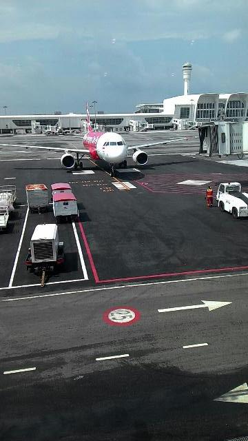 Bertolak ke Bandung dari LCCT2