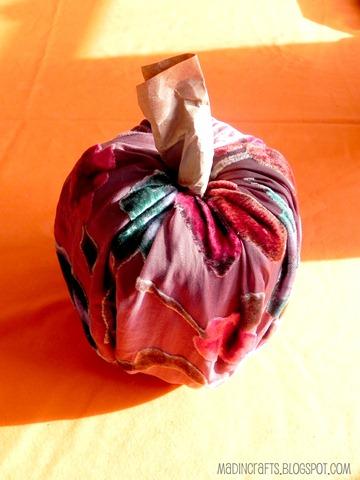 no sew toilet paper fabric pumpkin
