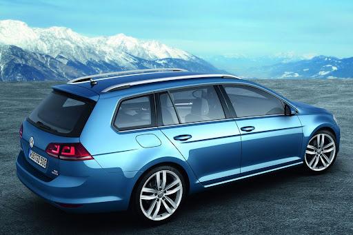 2014-VW-Golf-Variant-08.jpg