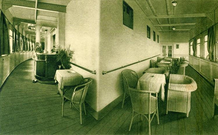 Veranda Bar. Postal Corporativa. Colección de Laureano García.jpg