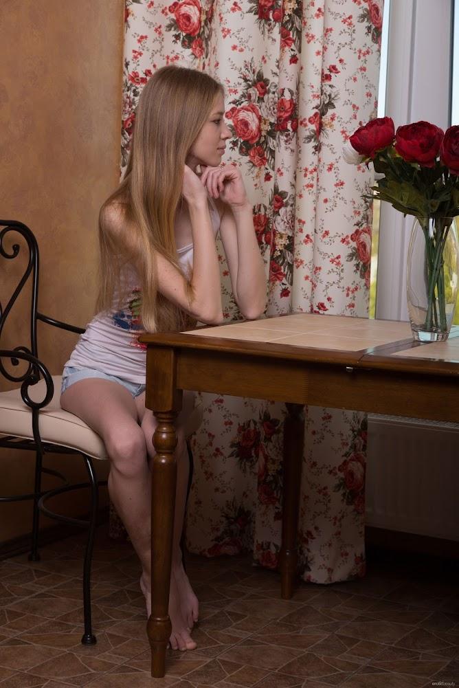[Eroticbeauty] Presenting Rina E - Girlsdelta