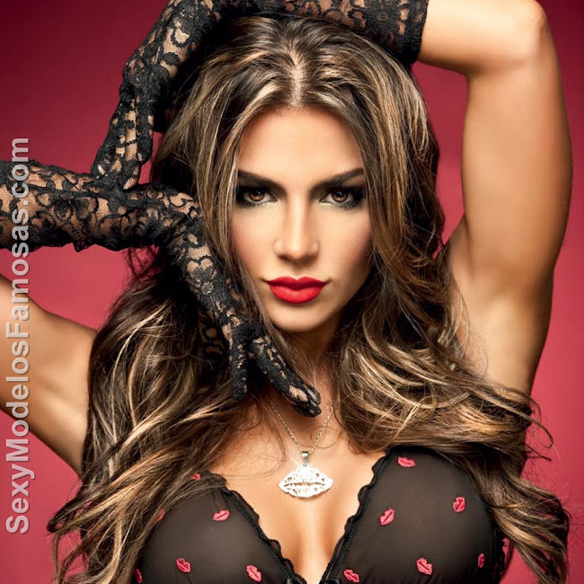 Natalia Velez Sexy Lenceria Besame Foto 2