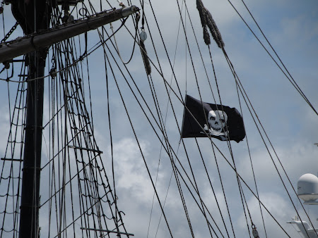 Steag pirati din Caraibe