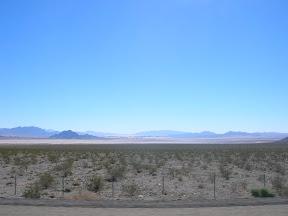 044 - Desierto entre California y Nevada.JPG