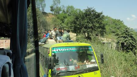 Autobuze Nepal