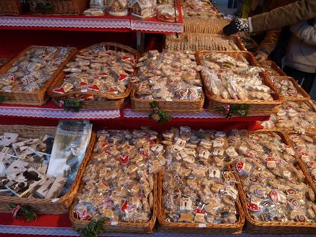 Piata Craciun Budapesta turta dulce la Piata de Craciun