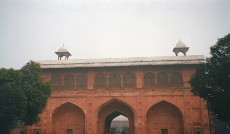 02. Curte interioara Red Fort - Delhi.jpg