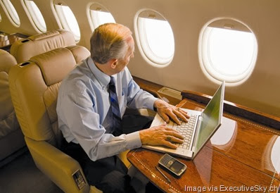 business-jet-laptop