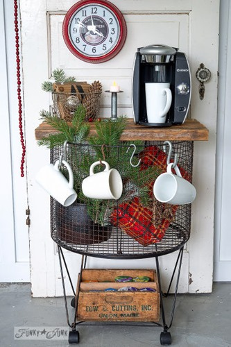 vintage-cart-to-instant-hot-chocolate-station-for-christmas-christmas-decorations-repurposing-upcycling-seasonal-holiday-decor
