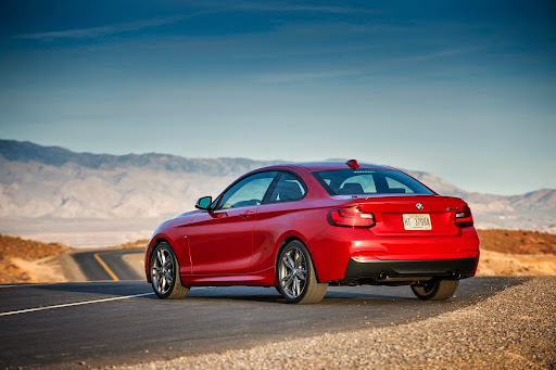BMW-M235i-Coupe-05.jpg