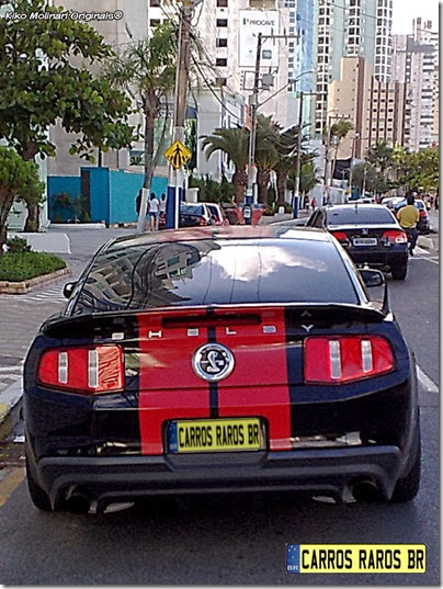 Ford Mustang Shelby GT500 preto (2)