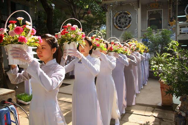 IMG 1779 Đại lễ Phật đản PL 2557 tại Tu viện Quảng Hương Già Lam