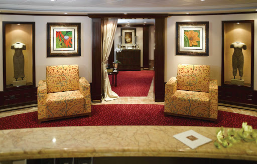 Canyon Ranch SpaClub aboard Oceania Nautica is a luxurious wellness retreat to help you unwind during your sailing.