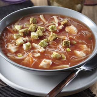 Chinese Tomatensoep Met Rijstmie En Croutons