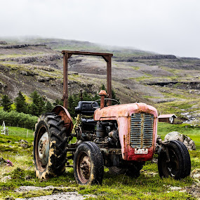 Middle of Iceland by Gunnar Sigurjónsson - Artistic Objects Antiques ( broken, farm, old, iceland, rusty, antique, tractor,  )