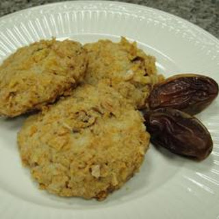Crunchy Date Rounds