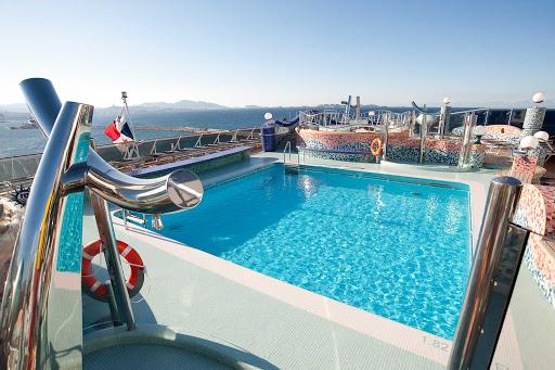 MSC-Splendida-Playa-Del-Sol-Pool - The Playa del Sol pool is just one of four pools aboard MSC Splendida.