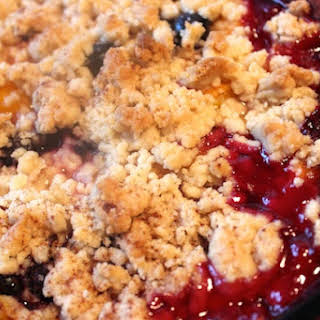 Blueberry Peach Crumble.