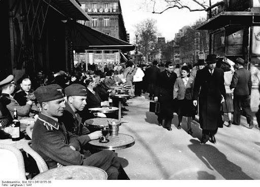 Wehrmacht soldiers on Boulevard Saint-Germain in Paris
