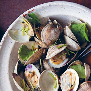 Grilled Littleneck Clams with Soy Sauce.