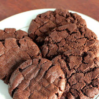 {Gluten-Free, Dairy-Free} Chocolate Peanut Butter Cookies.