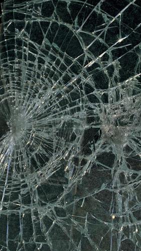 Broken Glass Live Wallpaper Android App Screenshot