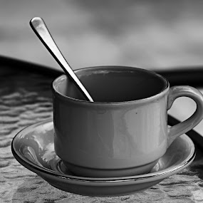 blank cup by Assaifi Fajarmass - Black & White Objects & Still Life ( cup, blank, black and white, cangkir, kosong, still life )