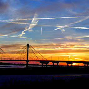 mississippi river bridge by Jody Jedlicka - Landscapes Sunsets & Sunrises ( illinois, sunset, landscape, bridges, nightscape,  )