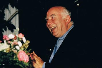 Karlheinz Koppe lachend.jpg