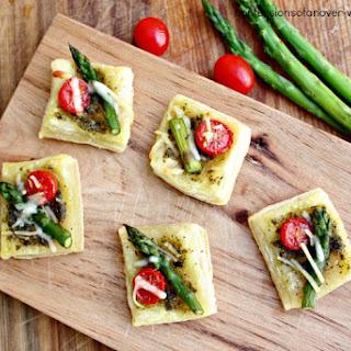 Easy Asparagus Appetizer | Asparagus Tomato Parmesan Squares.