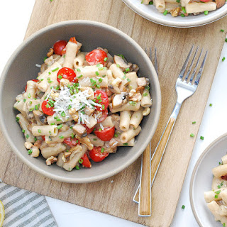 One-Pot Brown Rice Penne with Mushrooms, Tomatoes, Walnuts, and Lemon Recipe