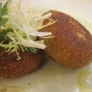 Haggis Cakes With Whisky Dressing.
