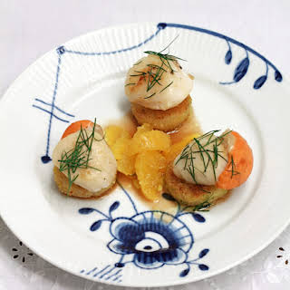 Scallops With Orange And Dried Fruit Crumbs Breaded Celery.