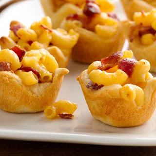 Mini Mac and Cheese Crescent Cups