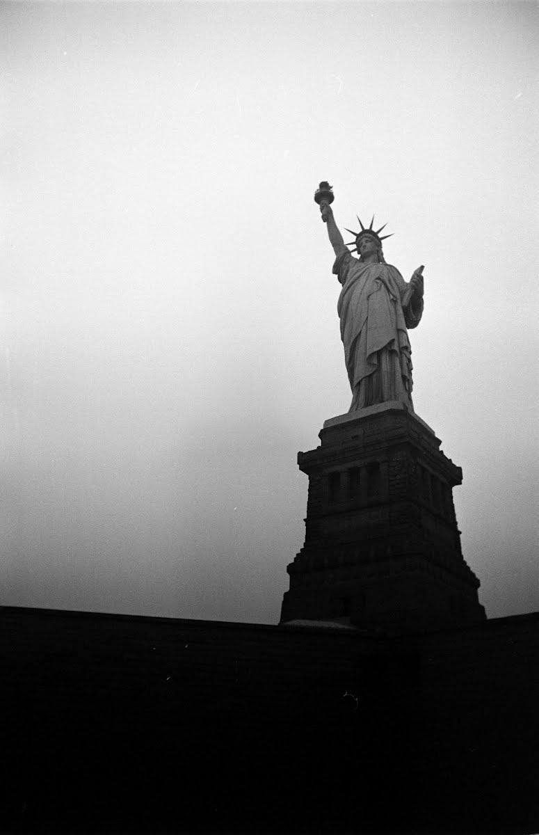 Smog- Statue Of Liberty - Lower Manhattan , N.Y.
