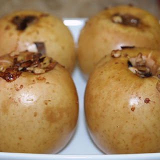 River Lane Inn's Baked Apples in Blue Cheese with Walnuts and Leeks